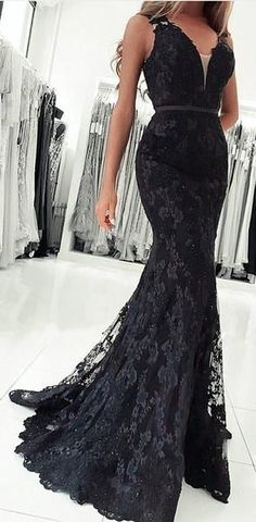2df0b6d3d27301 Red Navy Black Mermaid V Neck Lace Prom Dresses