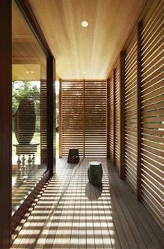 Ryall Porter Sheridan's Hamptons Pavilion is Clad in Spanish.- Ryall Porter Sheridan's Hamptons Pavilion is Clad in Spanish Cedar Ryall Porter Sheridan, Hamptons Pavilion, Spanish Cedar - Exterior Design, Interior And Exterior, Interior Doors, Wooden Screen, Wooden Doors, Log Homes, Shutters, Interior Architecture, Chinese Architecture