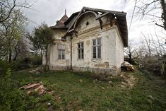 Villa, Cute House, Budapest, Past, Cabin, Times, House Styles, Blog, Beautiful