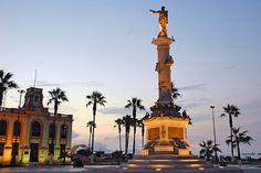 Monumento a Grau en La Punta, Callao