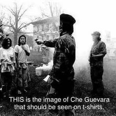 We're willing to be you haven't seen this picture before .Che Guevara, the romanticized communist revolutionary famous for his activism in Cuba and other South American countries. Hated blacks and gays, not to mention was a murderer and rapist Assassin, Che Guevara, Liberal Logic, Conservative Politics, Thing 1, History Facts, Need To Know, Fun Facts, Shit Happens