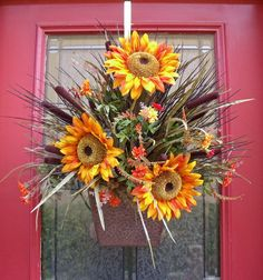 Sunflower wall pocket arrangement