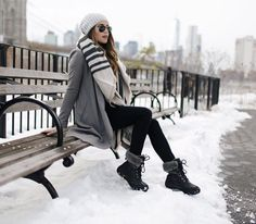 34 Perfect Winter Boots Outfits Ideas For Women mode kleider 34 Perfect Winter Boots Outfits Ideas For Women Winter Outfits For Teen Girls, Winter Boots Outfits, Cold Weather Outfits, Winter Outfits Women, Casual Winter Outfits, Winter Fashion Outfits, Winter Dresses, Autumn Winter Fashion, Fall Outfits