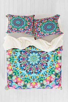 Lisa Argyropoulos for DENY Inspire Oceana Sham Set - Urban Outfitters