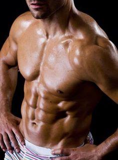 GUTES PROTEIN FÜR DEN MUSKELAUFBAU Die Ernährung ist für den Muskelaufbau von zentraler Bedeutung. Besonderen Stellenwert haben dabei die Qualität und die Menge der aufgenommenen Proteine, die