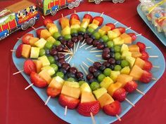 Mas pinchos de frutas