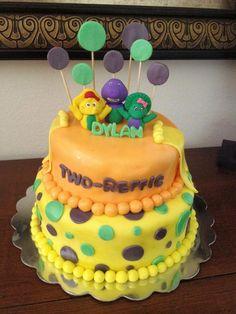 Barney cake!  Dyan's Two-reffic birthday cake! :D