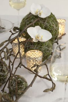 Bilderesultat for borddekorasjoner Flower Decorations, Wedding Decorations, Christmas Decorations, Table Decorations, Make A Table, Nature Decor, Reception Table, Table Centerpieces, Holidays And Events