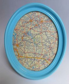 ummm so easy??? Frame Wall Decor, Map Wall Art, Diy Frame, Frames On Wall, Best Friend Crafts, Round Picture Frames, Map Fabric, Antique Paint, Oval Frame