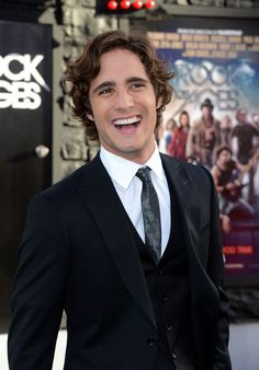"""Diego Boneta Photos - Actor Diego Boneta arrives at the premiere of Warner Bros. Pictures' 'Rock of Ages' at Grauman's Chinese Theatre on June 2012 in Hollywood, California. - Premiere Of Warner Bros. Pictures' """"Rock Of Ages"""" - Arrivals Most Beautiful Man, Beautiful People, Picture Rocks, Rock Of Ages, Senior Girls, Brad Pitt, Hot Boys, Perfect Man, To My Future Husband"""