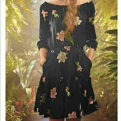 Anthropologie Lolanthe Dress Luscious flowers cover this vintage inspired off the shoulder frock. Runs big so even though it is an xs it is more of a small maybe medium. Anthropologie Dresses Long Sleeve