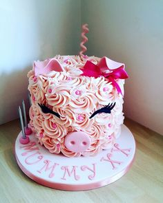Buttercream pig cake by Baby Shower Cupcake Cake, Cupcake Cakes, Pretty Cakes, Cute Cakes, Piggy Cake, Pig Birthday Cakes, Animal Cakes, Specialty Cakes, Buttercream Cake
