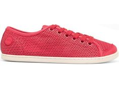 For Spring Summer 2013 Camper presents UNO, a red sneaker with red laces made of full grain leather.