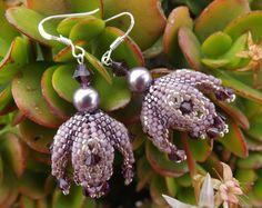 """Orecchini in tessitura di perline e perle Swarovski """"Mauve pearl"""""""