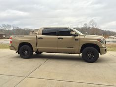 i want to add a locking fuel door to my pro but they only come in black or chrome anyone know of a place where i can get the thing color painted to match. Toyota Tundra Trd Pro, Lifted Tundra, Tundra Truck, Toyota Trucks, Ford Trucks, New Trucks, Custom Trucks, Jeep Suv, Classic Trucks