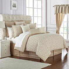 Comforter Sets & Down Comforters Gold Comforter Set, Bed Comforter Sets, Queen Bedding, Black Bed Linen, Bed Linen Design, Bed Linen Sets, Luxury Bedding Sets, Modern Bedding, Cool Beds