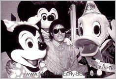 Michael Jackson at Disney :) - Cuteness in black and white ღ  https://pt.pinterest.com/carlamartinsmj/