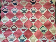 Vintage Hand Stitched Quilt Cake Stand Design by FlyingFigs - love the plaid
