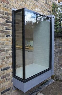 30 Bay Window Decorating Ideas Blending Functionality with Modern Interior Design Window Seat Kitchen, Modern Windows, Modern Window Seat, House Extensions, Modern Exterior, Design Case, Modern Interior Design, Modern Window Design, Modern Architecture