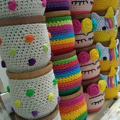 Crochet Round, Crochet Home, Crochet Baby, Knit Crochet, Crochet Basket Pattern, Crochet Patterns, Crochet Jar Covers, Crochet Cactus, Crochet Decoration