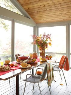Home Decorating: Natural Touches for a Renovated Ranch Home - Porch Decorating Porch Addition, Autumn Table, Home Porch, Room Additions, Decks And Porches, Porch Decorating, Decorating Ideas, Ranch Style, Decor Styles