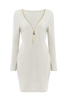 Seja um look casual com o vestido de malha magro e um par de tênis branco quer que você vá. O vestido tem o zíper V-neck, que você pode mudar a forma do colar, puxando para baixo o zíper no estilo diferente.