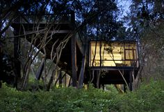 Gallery of Quebrada House / UNarquitectura - 2