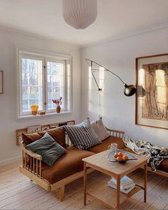 my scandinavian home: Johanne & Lukas' Beautiful Copenhagen Townhouse from 1927 Sheila E, Living Spaces, Living Room, Design Blogs, Interior Decorating, Interior Design, Scandinavian Living, Couches, Simple House