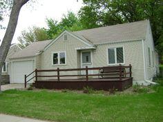 PENDING!!  1110 Briggs, Hastings, Nebraska--PRICE REDUCTION!!  $89,000!!-Ruhter Auction & Realty, Inc.  402-463-5265 ruhterauction.com