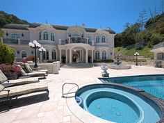 Mansion dream house: 11244 Briarcliff Ln | Studio City