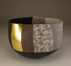 Thomas Hoadley - ceramic decorated with gold leaf
