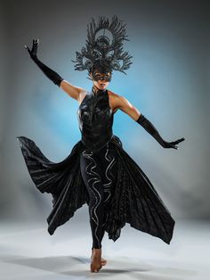 "Cirque du Soleil's Amaluna Transforms ""The Tempest"" into a Story of Female Empowerment"