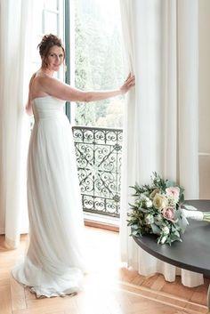 wedding Photographer: intimate wedding in Villa Monastero Varenna Wedding Dress Train, One Shoulder Wedding Dress, Wedding Dresses, Bride Portrait, Wedding Ceremony, Wedding Planner, Empire, Minimal, Bohemian