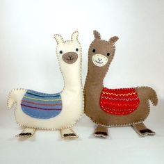 Stuffed Llama PATTERN Sew by Hand Plush Felt by LittleHibouShoppe