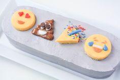 Zucchini cake with pine nuts - Clean Eating Snacks Cake Decorating For Beginners, Cake Decorating Tutorials, Decorating Ideas, Decor Ideas, Mini Cakes, Cupcake Cakes, Emoji Cake, Fondant, Cookie Tutorials