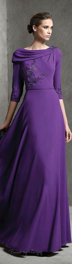 Cool Beautiful Dresses Der kühle Farbtyp wirkt elegant, seriös, kultiviert und edel. Kerstin Tomancok... Check more at http://mydress.gq/fashion/beautiful-dresses-der-kuhle-farbtyp-wirkt-elegant-serios-kultiviert-und-edel-kerstin-tomancok/