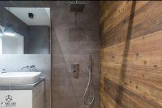 Malaga, Bathroom Lighting, Toilet, Bathtub, Mirror, House, Furniture, Home Decor, Bathrooms