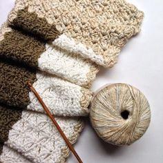Little Precious Stitch: Three Tone Fan Stitch Mini Cowl (Free crochet pattern)