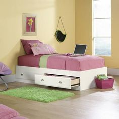 Sauder Shoal Creek Twin Mate's Bed, Soft White w/ 2 drawers $189
