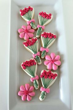Floral-Decorated-Cookies - cute for Mother's Day!