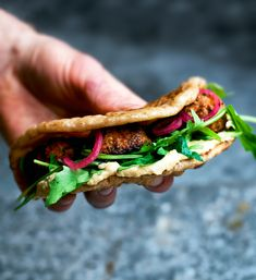 Red Lentil Falafel in a Naanwich| Occasionally Eggs