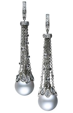 Mikimoto Waterfall earrings, featuring droplets of diamonds, suspended from white gold chains, ending in two perfect cultured White South Sea pearls. Pearl Jewelry, Vintage Jewelry, Fine Jewelry, Jewlery, Handmade Jewelry, Diamond Earrings, Pearl Earrings, Drop Earrings, Diamonds