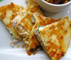 Quesadillas de Pollo (Chicken Quesadillas)
