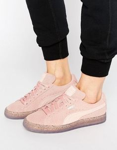 pretty nice f0406 7feb9 Boutique Femme Puma Suede Heart Satin Sneakers Gris Violet 362714-02 Soldes    new new   Pinterest   Sneakers, Puma suede and Shoes