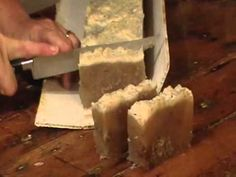 Cutting another batch of soap Soap Recipes, Home Made Soap, Soap Making, Home Remedies, Homemade, Health, Projects, Food, Manualidades