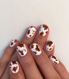 Nail Art Ideas to Spice up Your Manicure - Page 13 of 79 - NailTrendLife Leopard Nail Designs, Leopard Nails, Nail Art Designs, Nails Design, Design Art, Design Ideas, Minimalist Nails, Nail Swag, Winter Nail Art