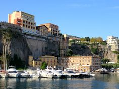 Catch the hydrofoil/ferry at Marina Piccolo to explore the Amalfi Coast!