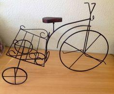 Bicicleta de jardim - porta vaso de flores ou porta revistas R$ 96,00