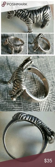 Vintage 925 Sterling Silver ZEBRA Band Ring Very good to excellent condition. Intricate detail. Adorable ring (Size 6). Weighs: 5 grams or 0.2 ounces. Ring box is for prop. purposes and is not included. Vintage Jewelry Rings