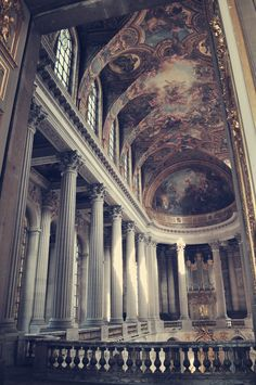 La Chapelle Royale, Palace of Versailles, France Oh Paris, Palace Of Versailles, Chapelle, Art And Architecture, Places To See, Facade, Beautiful Places, Scenery, Around The Worlds